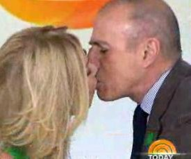 Kathie Lee Gifford, Matt Lauer kiss for Twizzler Challenge