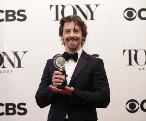 Kelli O'Hara, Michael Cerveris, 'Fun Home' win 2015 Tonys in musical categories