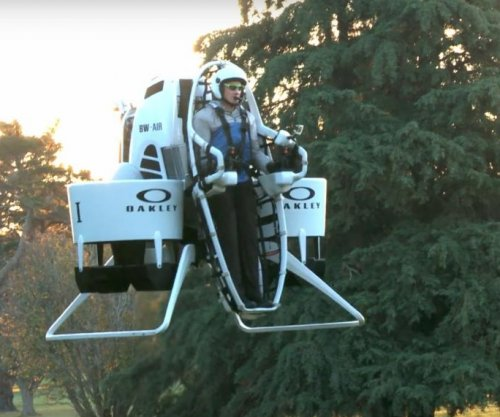 Watch: Bubba Watson debuts jetpack on golf course