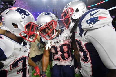 White, Gillislee signings paint murky backfield for Patriots