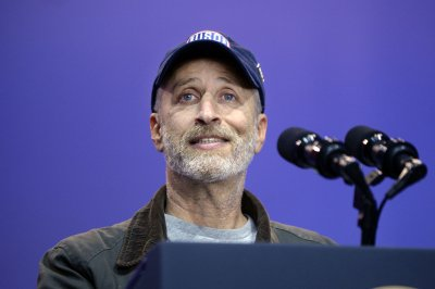 Jon Stewart to co-host 'SportsCenter' for Warrior Games