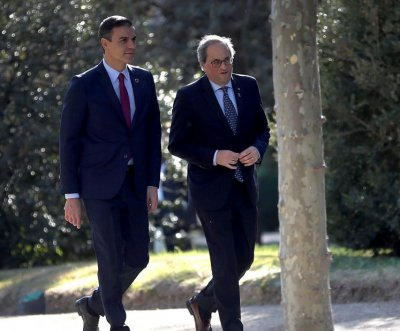 Leaders of Spain, Catalonia begin key talks on independence fallout