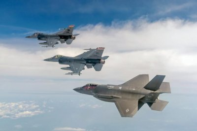 Air Force selects Wisconsin, Alabama bases for F-35As