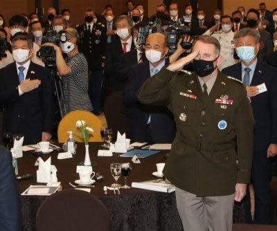 U.S. military chief in South Korea dismisses troop withdrawal reports