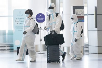 World COVID-19 cases top 20M; WHO expects deaths at 750K this week