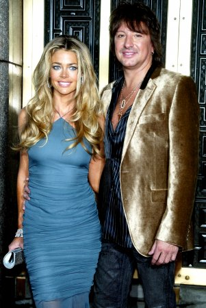 Richards and Sambora break up again