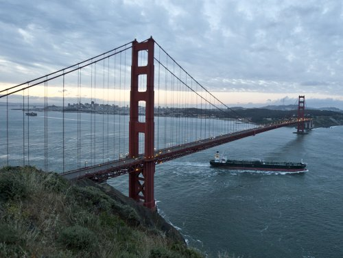 Officials OK funding for Golden Gate Bridge suicide-prevention nets