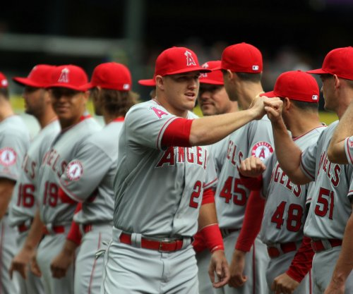 Bullpen carries Los Angeles Angels past Houston Astros