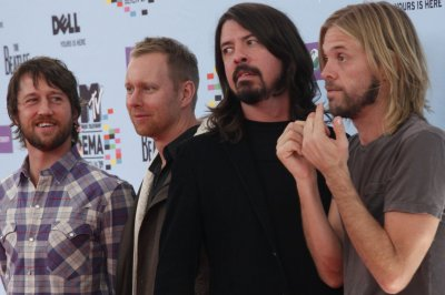 Foo Fighters disband breakup rumors with comedic sketch