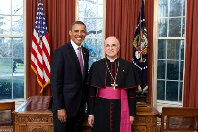 Pope replaces ambassador who arranged Kim Davis meeting