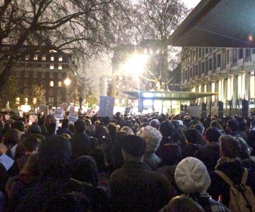 Ferguson protests jump to London