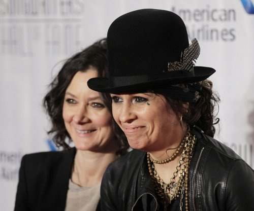 Linda Perry apologizes for Lady Gaga song remarks