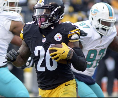 NFL checks into whether Pittsburgh Steelers hid Le'Veon Bell's injury