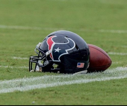 Texans reportedly sign OL Fulton