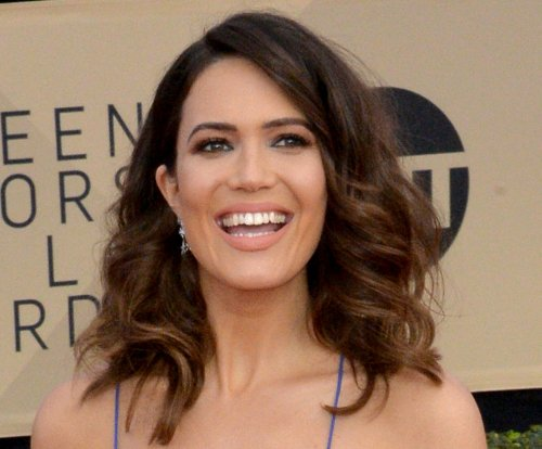 Mandy Moore says fiance put 'so much love' into engagement ring