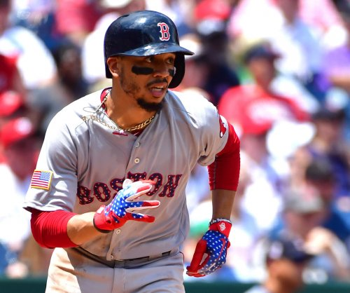 Red Sox's Mookie Betts hits grand slam after 13-pitch at-bat