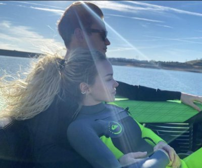 Dove Cameron spends birthday with boyfriend Thomas Doherty