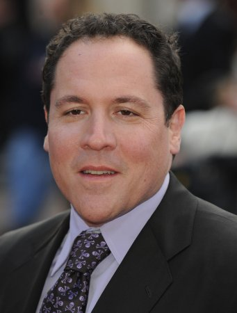 Favreau, Vaughn reunite for 'Retreat'