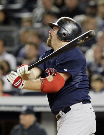 Red Sox activate infielder Youkilis