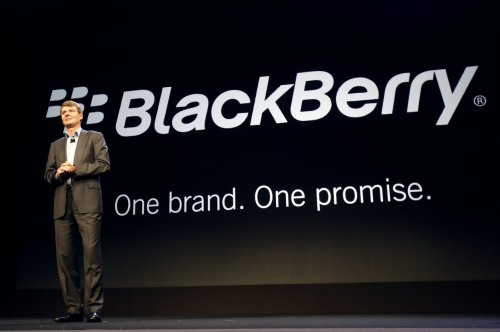 BlackBerry ousts CEO, drops plan to sell itself