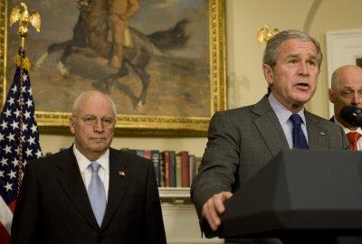 Bush, Democrats to begin stimulus talks