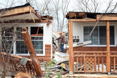 Powerful, deadly storm system pushes east