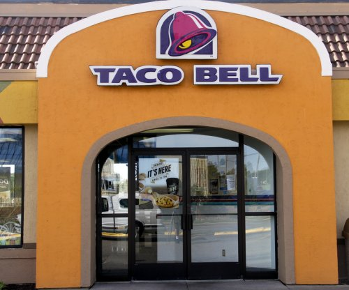 Taco Bell to test delivery service in 2015