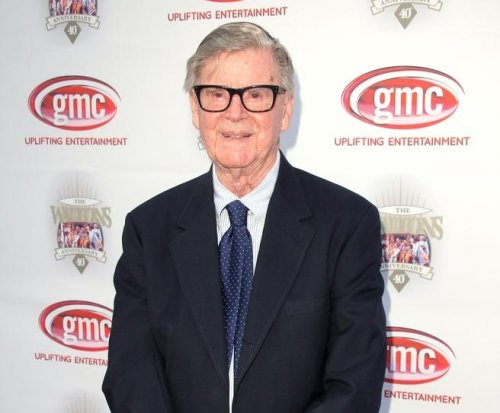 'Waltons' creator Earl Hamner dies from cancer at 92