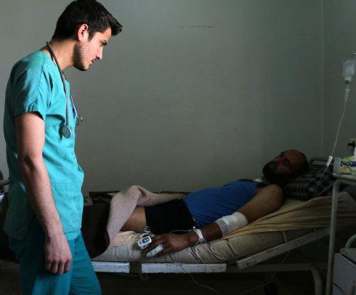 U.N. holding emergency Aleppo meeting as 16,000 civilians flee