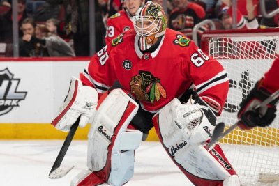 Chicago Blackhawks ink goalie Collin Delia to extension