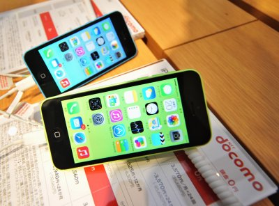 Smartphone subscriptions to triple to 5.6 billion in six years