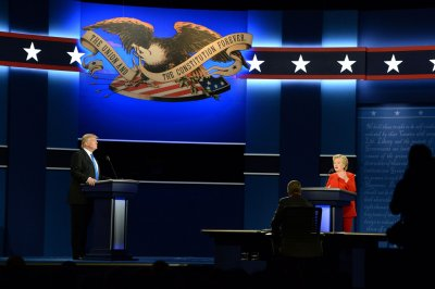 Donald Trump loses 'battle of the sexes' to Hillary Clinton