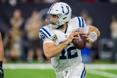 Colts GM Chris Ballard: Andrew Luck has high-ankle injury