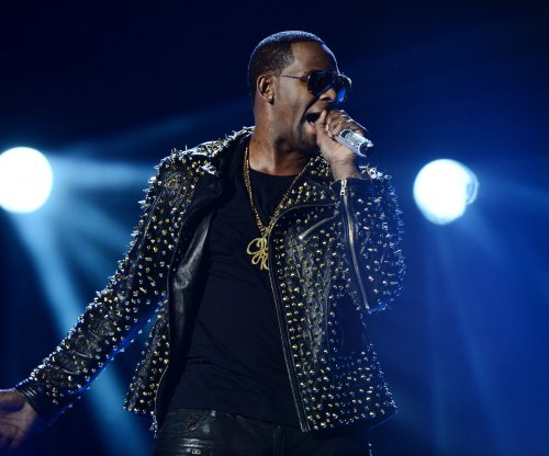 R. Kelly loses bid for temporary prison release due to COVID-19 fears