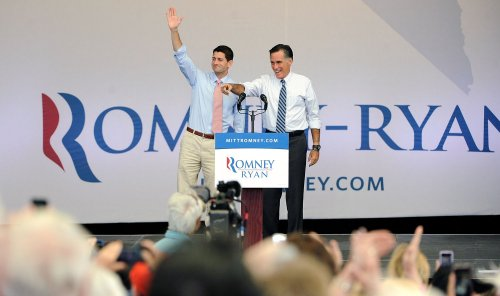 Romney campaign brings in $111.8 million