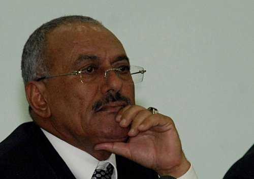 Pressure mounts on now-wounded Saleh