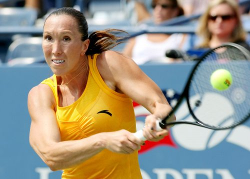 Jankovic notches first-round win in Dubai