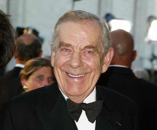 CBS '60 Minutes' newsman Morley Safer dies at 84