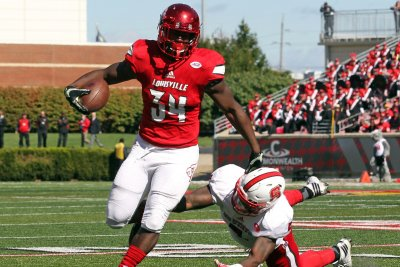 Louisville admits to receiving leaked plays vs. Wake Forest