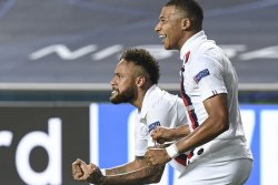 PSG shocks Atalanta in final minutes to reach Champions League semifinals