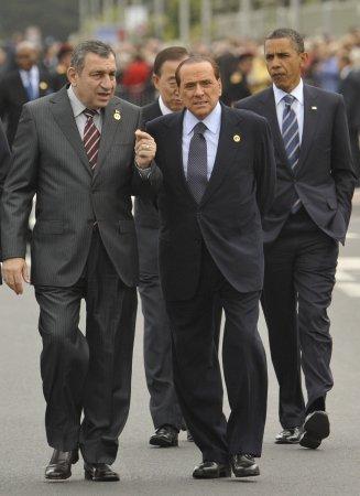 Prosecutor: Berlusconi deserves five years