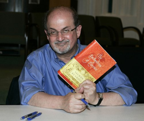 Rushdie doesn't regret writing 'Verses'