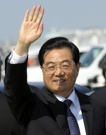 President Hu tells Kim to follow China