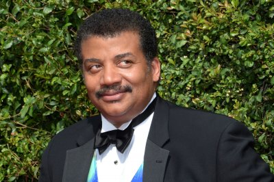Neil DeGrasse Tyson to B.o.B.: The earth is not flat
