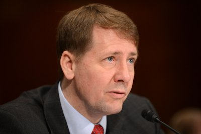 Trump, outgoing consumer agency leader both name acting leaders