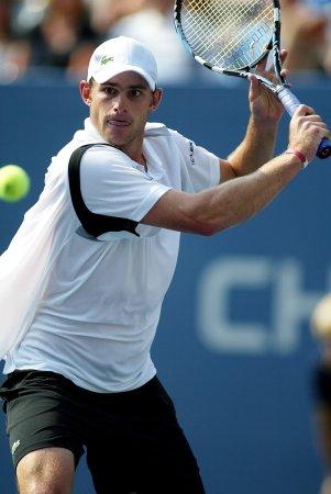 Roddick ousted at Australian Open