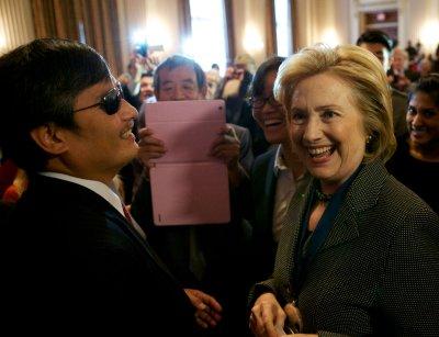 Hillary Clinton says women still face double standard