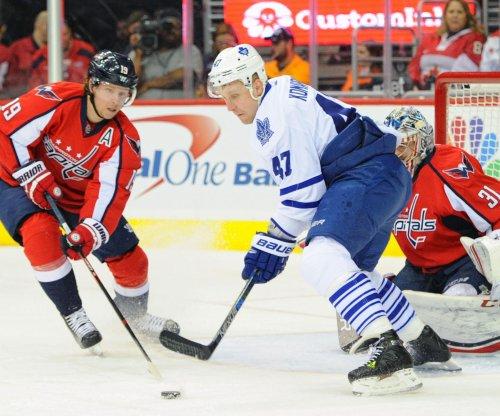 Matt Niskanen's goal lifts Washington Capitals past Toronto Maple Leafs