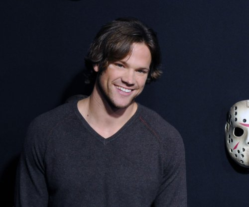 'Gilmore Girls' actors Jared Padalecki, Milo Ventimiglia talk superheroes