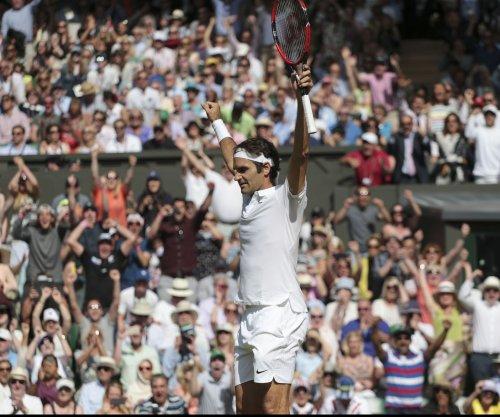 Miami Open 2017: Roger Federer dumps Juan Martin del Porto in 3rd round
